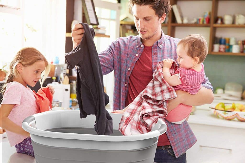 Top 10 Best Collapsible Laundry Baskets in 2019