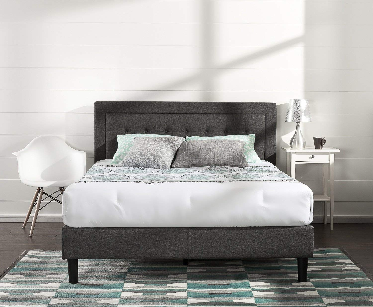 Zinus Dachelle Button-Tufted Platform Bed